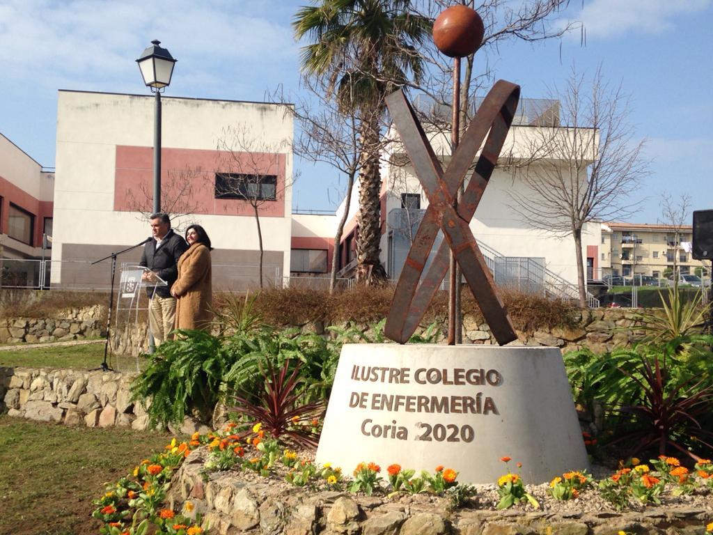Coria dedica un parque a las Enfermeras y Matronas
