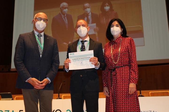 Premio Investigación en Gestión de Enfermería Colegio - ANDE